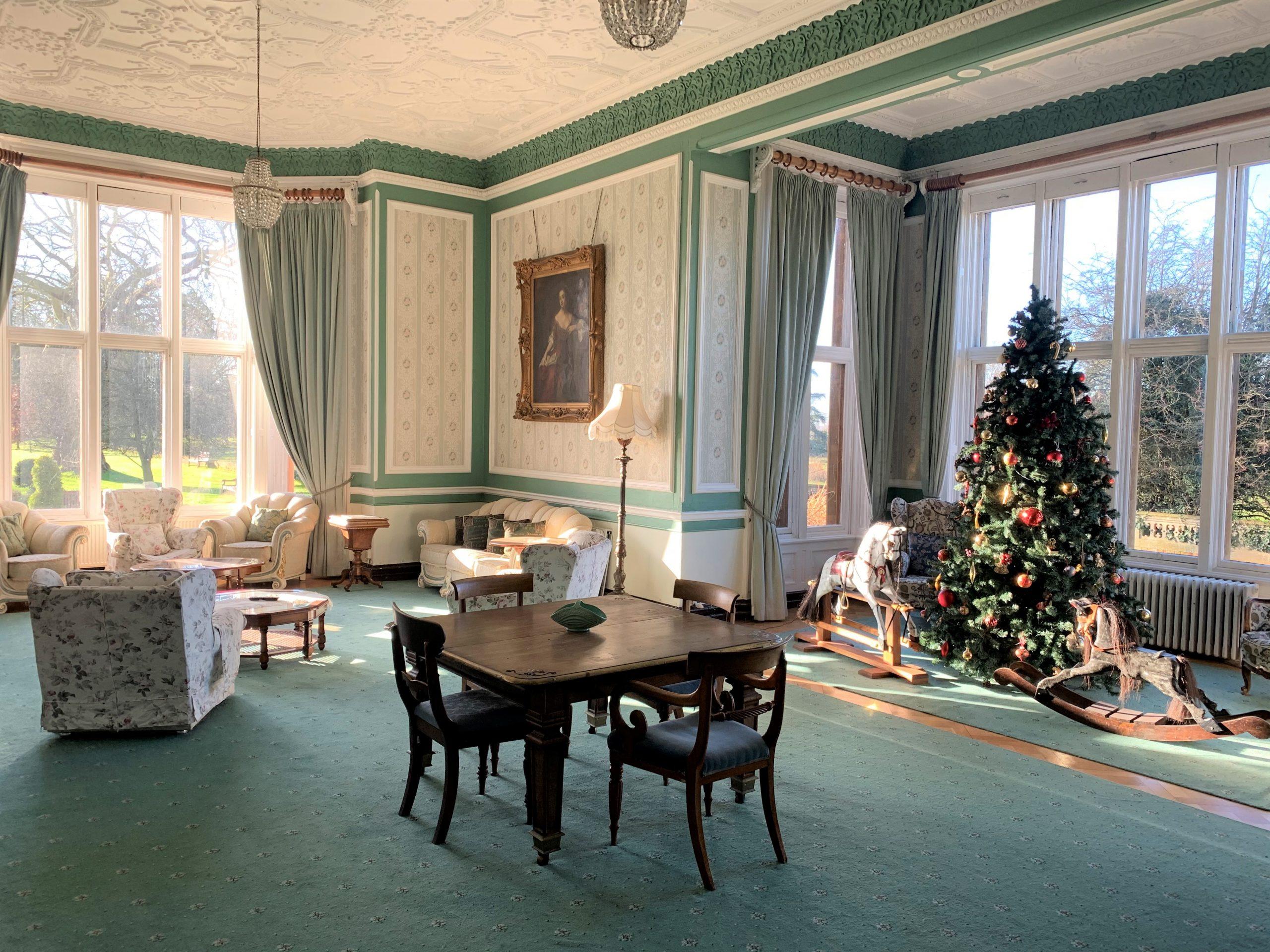 christmas large lounge